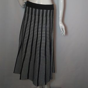 Lapis Houndstooth Wool Skirt